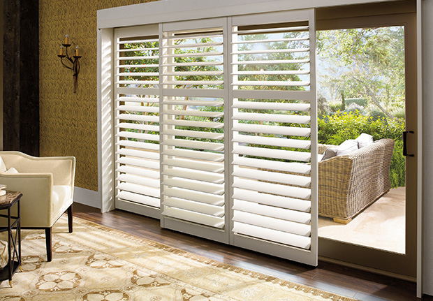 Hunter Douglas Wooden Blinds